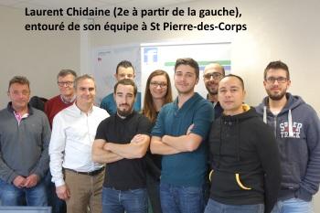 Laurent Chidaine (2e à partir de la gauche), entouré de son équipe à St Pierre-des-Corps